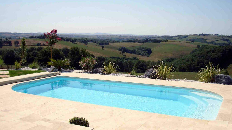 photo-piscine-coque-8x4-poitiers