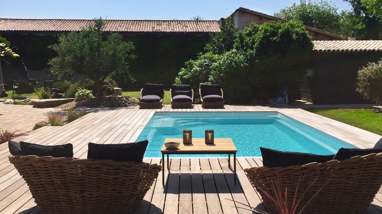 photo-piscine-coque-rectangulaire-bella-piscines